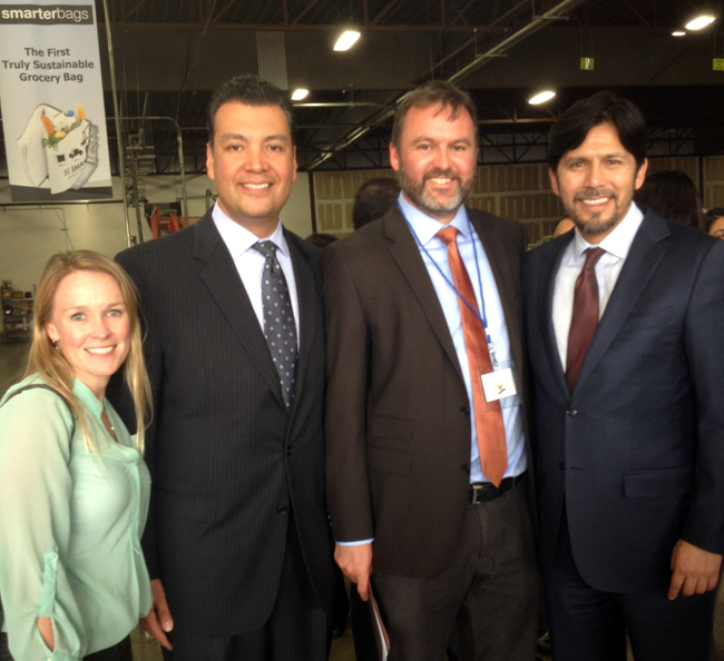 Heal the Bay scientist Sarah Sikich, Senator Alex Padilla, Heal the Bay CEO Ruskin Hartley, and Senator Kevin de Leon