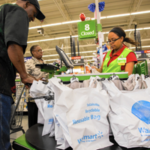 Plastic bags at checkout, image courtesy of Zbigniew Bzdak / Chicago Tribune