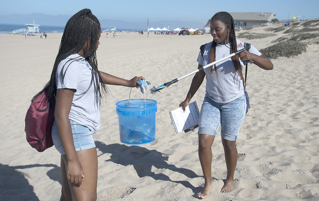 The Los Angeles County Department of Beaches and Harbors and Heal the Bay collaborate during National Coastal Cleanup Day at Dockweiler State Beach. The event included cleaning up the beach, family-friendly activities, and a chance to enter the Can the Trash! Clean Beach Poster Contest. All Rights Reserved. No Commercial Use. Credit: Los Angeles County